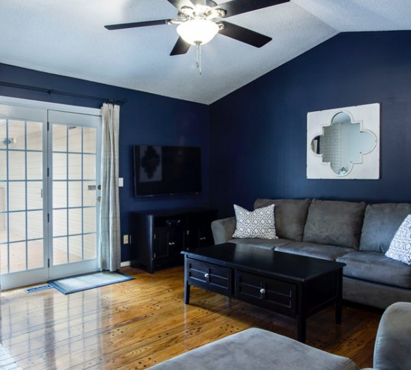 living-room1-free-img.jpg